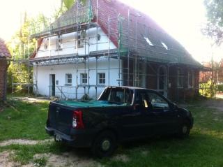 Pfarrhaus mit Gerüst